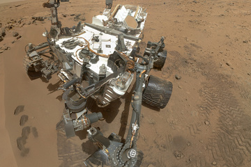 The rover's self-portrait, taken using the MAHLI instrument.