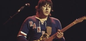 terry-kath-1977-david-redfern