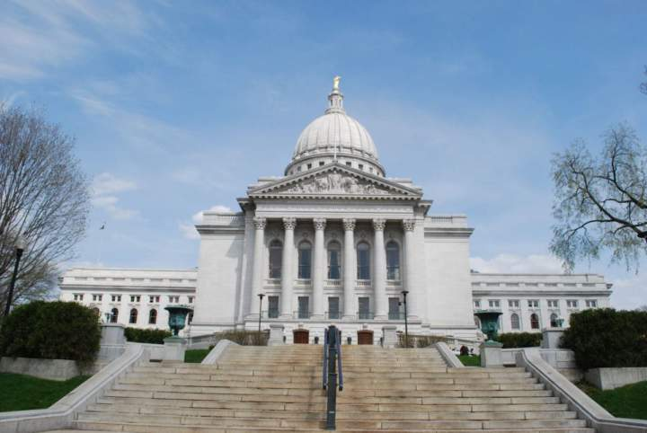 Senate Passes Bill to Restrict Municipal Labor Regulations