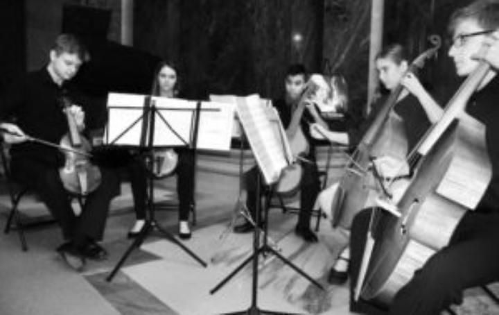 Madison Youth Viol Consort live!